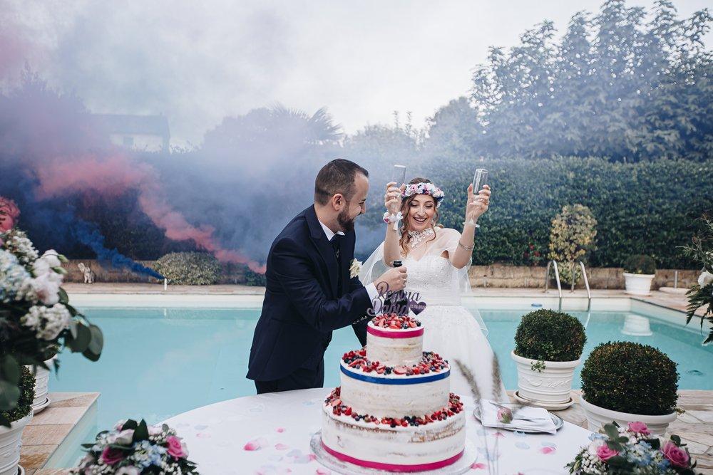 taglio della torta matrimonio